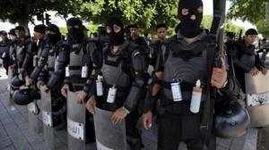محرز الزواري: الأمنيون بعيدون التجاذبات السياسية zwa-300x168.jpg