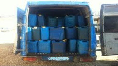 وطني الكاف القبض سائق سيارة يحاول تهريب 4500 benzin.jpg