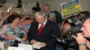 الاستراليون يدلون بأصواتهم في الانتخابات العامة