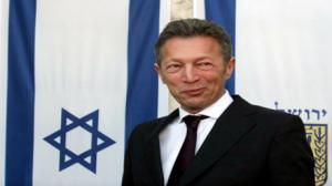 """سويسرا: إيقاف رجل الأعمال الصهيوني """"أركادي غايداماك"""" بتهمة تهريب أسلحة"""