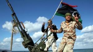 ليبيا: اشتباكات عنيفة بين فصائل مسلحة ومظاهرات تطالب باستقالة الحكومة