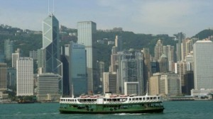 """85 جريحا في حادث اصطدام سفينة بـ """"هونغ كونغ"""""""