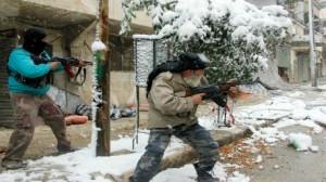 أمريكا وبريطانيا تعلقان مساعداتهما العسكرية للمعارضة السورية