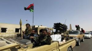 البرلمان الليبي يصدر قراراً بحل كافة المليشيات المسلحة بالبلاد