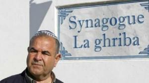 """رئيس كنيسة الغريبة في جربة """"بيريز الطرابلسي"""""""