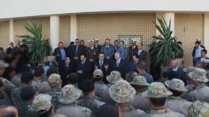 رئيس الحكومة يلتقي بثكنة الحرس الوطني بالعوينة عناصر الوحدة المختصّة المكلّفة بالعمليّة الأمنية بوادي اللّيل