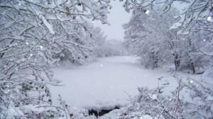 الداخلية تنشر قائمة الطرقات المقطوعة بسبب تساقط الثلوج
