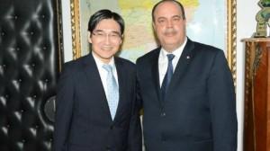 وزير الداخلية يلتقي سفير اليابان في تونس