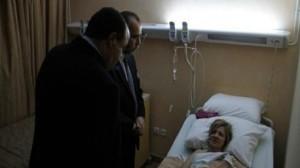 """وزيرا الداخلية والصحة يزوران سائحة تعرّضت لـ """"براكاج"""""""