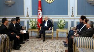 السبسي يلتقي وفدا عن الجمعية التونسية لمناهضة التعذيب