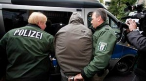 ألمانيا تعتقل سوريا متطرفا للاشتباه بارتكابه جرائم حرب