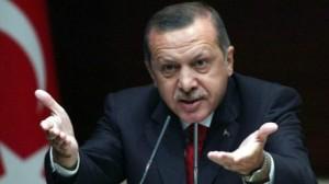 أردوغان يتهم الولايات المتحدة بتسليح الأكراد وداعش