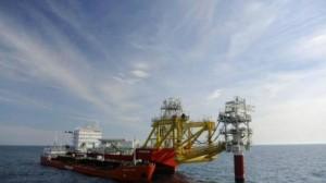 إيران تصدر أول شحنة من النفط الخام إلى أوروبا