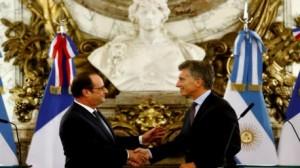 هولاند يطلب من الأرجنتين المساعدة في حل أزمة اللاجئين