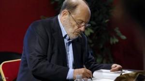 وفاة أومبرتو إيكو لفيلسوف والروائي والباحث الإيطالي