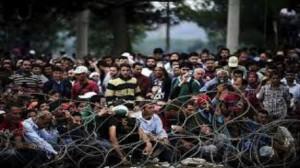آلاف اللاجئين عالقين على الحدود