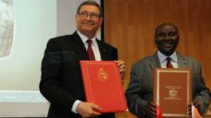 التوقيع على 13 بروتوكولا واتفاقية تعاون بين تونس والكوت ديفوار