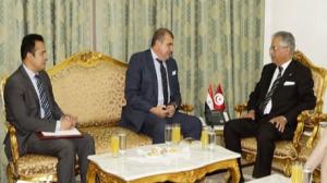 وزير العدل يلتقي بسفير مصر بتونس