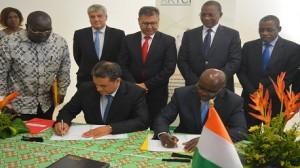 توقيع اتفاقيتين بين هيئة تنظيم الاتصالات الايفوارية ووكالتين تونسيتين