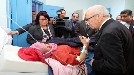 السبسي يزور جرحى حادث جبل الجلود بمستشفى الحروق البليغة ببن عروس