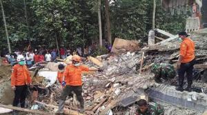 إندونيسيا: مقتل 52 شخصا في زلزال شمال البلاد