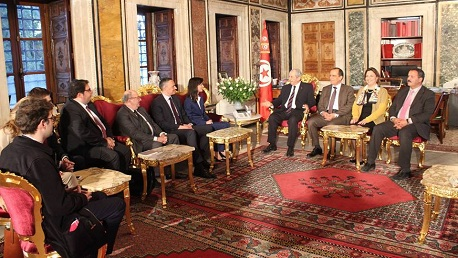 """إجماع داخل البرلمان الأوروبي """"لا مثيل له"""" حول مساندة تونس"""