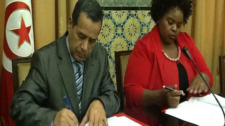 قريبا: توقيع مذكرة تفاهم بين تونس وجنوب أفريقيا في مجال العمل