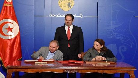 إمضاء اتفاق الزيادة في أجور عمال القطاع الخاص
