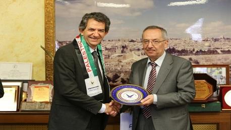 اتفاقية شراكة بين كلية الطب بتونس و كلية الطب بنابلس