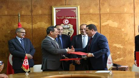 توقيع اتفاقية بين شركة الخطوط التونسية ونقابة الصحفيين