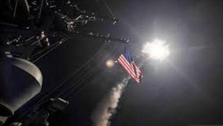 سوريا: ضربة عسكرية أمريكية بـ59 صاروخا على قاعدة جوية للحكومة