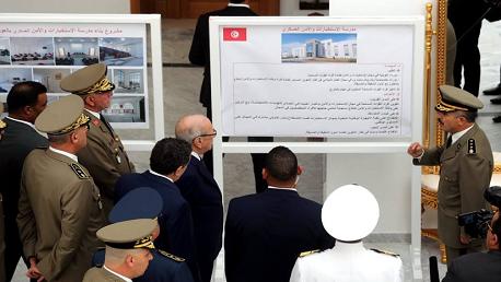 رئيس الجمهورية يُدشّنُ مدرسة الاستخبارات والأمن العسكري بالعوينة