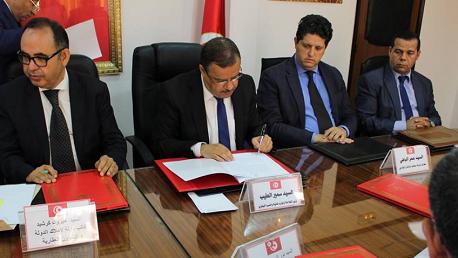 إمضاء محضر اتفاق حول كراس الشروط خاص بكراء المركبات الفلاحية