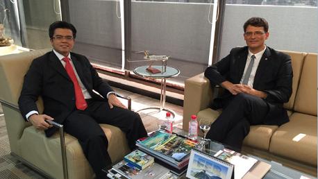 إمضاء إتفاقية شراكة بين البريد التونسي وبريد ماليزيا في مجال التجارة الإلكترونية