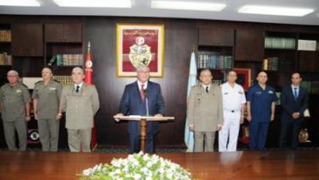وزير الدفاع الوطني ينصّب العميد طبيب مصطفى الفرجاني مديرا عاما للصحة العسكرية