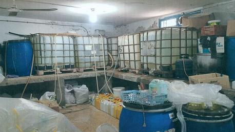ضبط مصنع عشوائي معد لصنع وبيع مواد تنظيف غير مطابق للمواصفات التونسية