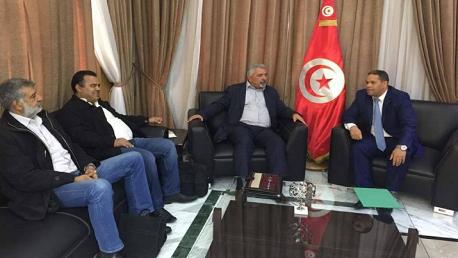 الاتفاق مع رئاسة الحكومة على تسوية كافة الوضعيات المهنية في الإذاعة التونسية