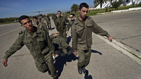 وفاة عسكري أُصيب بطلق ناري في إحدى الثكنات العسكرية بالعاصمة