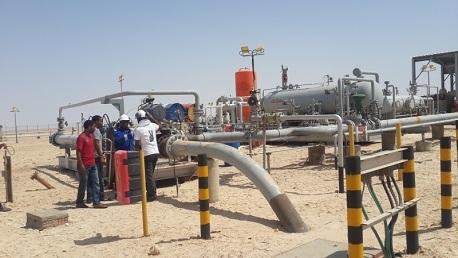 إضراب عام في قطاع النفط والمواد الكيماوية