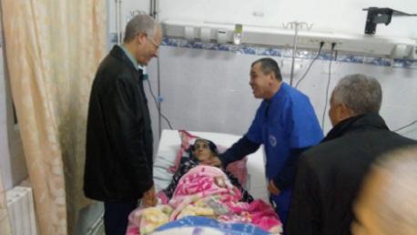وزير الصحة يعود المصابين في حادث عمدون
