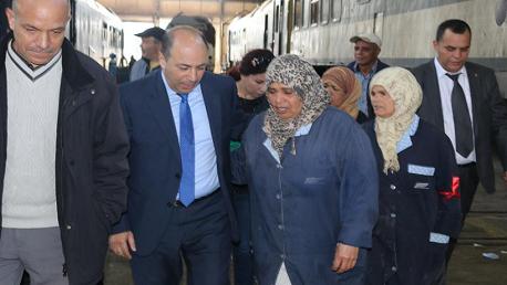 وزير النقل يؤدي زيارة فجئية الى مركز الفحص الفني للعربات بالسيجومي