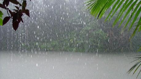 طقس اليوم: أمطار تتجاوز سرعتها 70 كلم/س