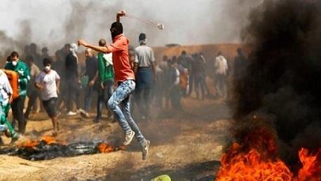 استشهاد 3 فلسطينيين وإصابة 250 جراء قمع الاحتلال لمسيرات العودة