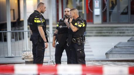هولندا تُحبط هجوما إرهابيا كبيرا باستخدام أحزمة ناسفة وكلاشنيكوف