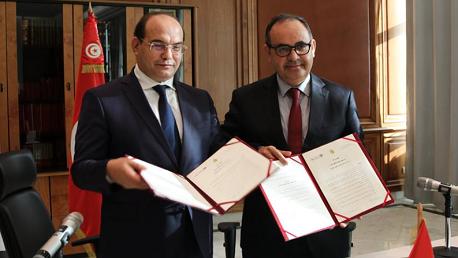 إمضاء اتفاقية شراكة بين وزارة أملاك الدولة و الشؤون العقارية و الهيئة الوطنية لمكافحة الفساد.