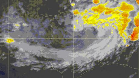تواصل التقلبات الجوية من سحب رعدية وأمطار بالشمال الشرقي