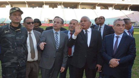وزير الداخلية يُؤدي زيارة تفقدية إلى ملعب رادس
