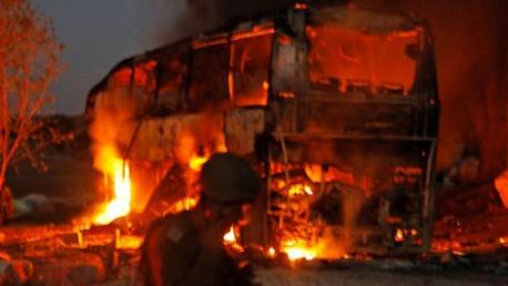 لمقاومة تقصف حافلة جنود صهاينة بصاروخ أصابها مباشرة
