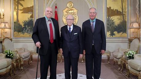 منح خميّس الشمّاري ومختار الطريفي الصنف الثاني من وسام الجمهورية