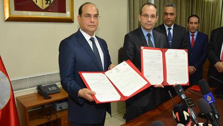 توقيع اتفاقية شراكة وتعاون بين وزارة الدّاخلية والهيئة الوطنية لمكافحة الفساد